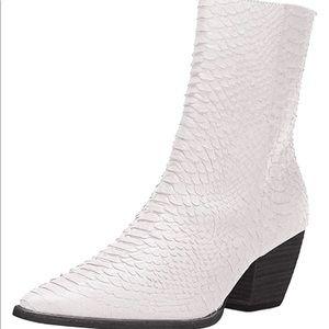 Matisse white snake skin caty boots